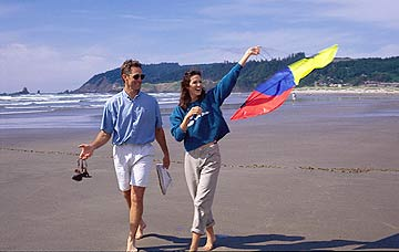 Kite Flying in Cannon Beach