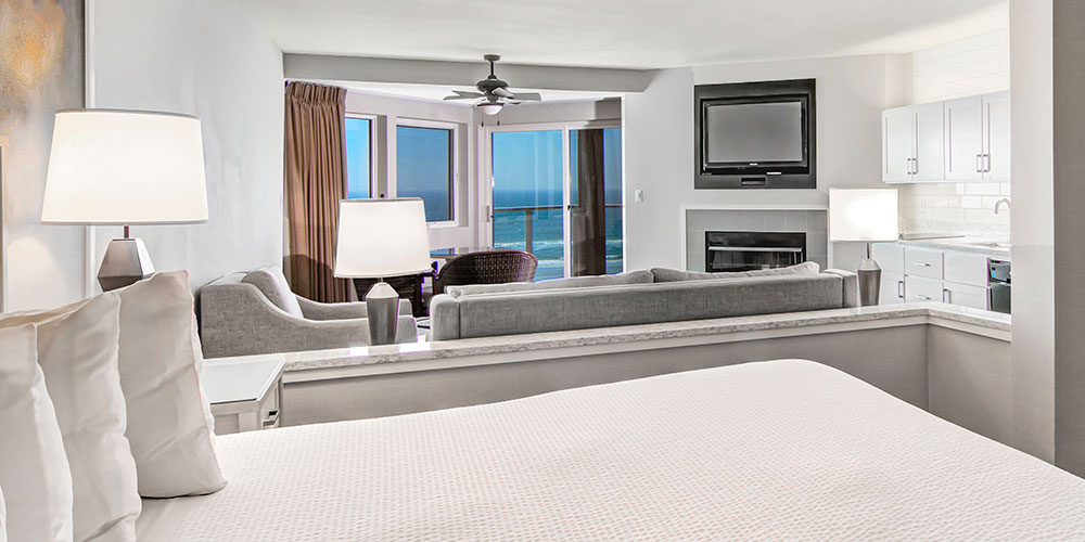 Admiral's King Spa Suite