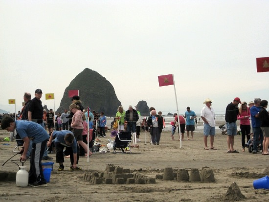 2015 Cannon Beach Sandcastle Contest