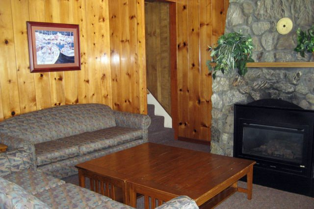 Cannon-Beach-Vacation-Rental-396-Living