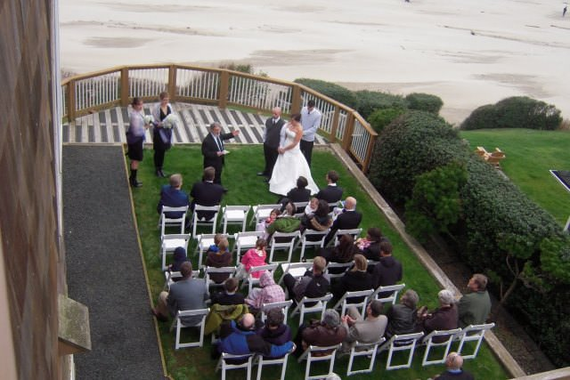 Cannon-Beach-Wedding-Deck