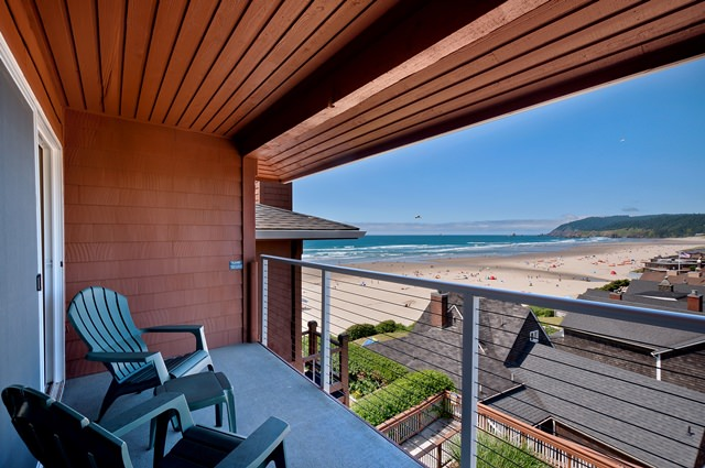 Cannon-Beach-nw-view-one-bedroom-balcony