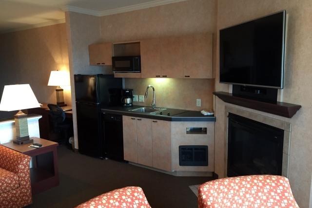 Hallmark Suites - Living Room