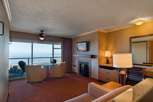 2 bedroom hotel suites. NW View 2 Bedroom Suite  Northwest Oceanview Hallmark Oceanfront Resorts