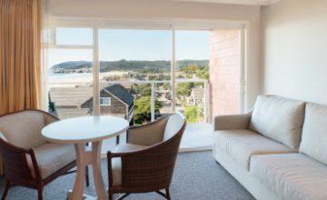 <em>Oceanview</em> Rooms & Suites