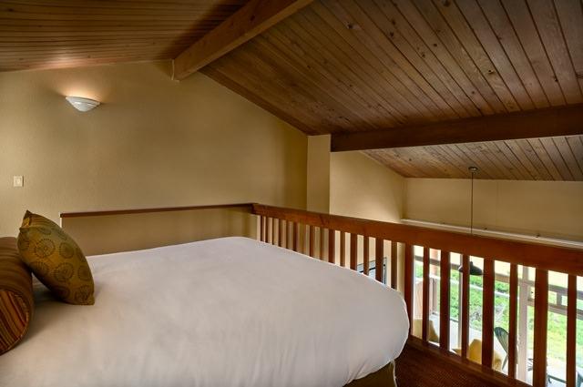 Newport Traditional 6 queen loft