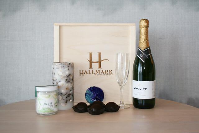 Newport Romance package items
