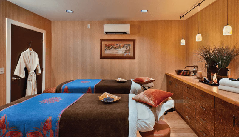Elements by the Sea massage room